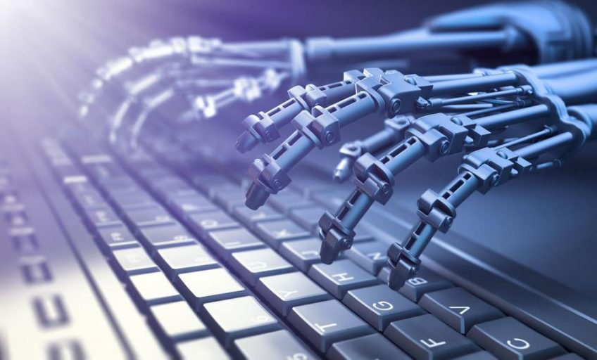 انواع مختلف هوش مصنوعی کارشناسان هوش مصنوعی را به طرق مختلفی طبقه بندی کرده اند. برای درک تئوری هوش مصنوعی ذهن، یکی از این دسته بندی ها را بررسی خواهیم کرد. این دسته بندی بر اساس آنچه فناوری قبلاً به دست آورده است در مقابل آنچه در پیس روی این فناوری است قرار دارد. طبق این دسته بندی 4 نوع هوش مصنوعی وجود دارد که به شرح زیر می باشد: هوش مصنوعی واکنشی: رایانه های مجهز به هوش مصنوعی واکنشی نه با گذشته و نه با آینده انطباق پیدا میکنند. این رایانه های مجهز به هوش مصنوعی بر روی زمان حال کار میکنند، برای مثال بر روی ماموریت های اظطراری. نمونه آن فناوری Deep Blue ازشرکت IBM است که گری کاسپاروف، قهرمان شطرنج را شکست داده بود. هوش مصنوعی با حافظه محدود: رایانه های مجهز به این نوع هوش مصنوعی می توانند وقایع مربوط به مدت کوتاهی در گذشته را به خاطر بسپارند و می توانند مطابق آن عمل کنند. اتومبیل های خودران از این دسته از هوش مصنوعی استفاده می کنند. تئوری هوش مصنوعی ذهن: رایانه های مجهز به این نوع هوش مصنوعی قادر به درک احساسات خواهند بود و آنها قادر خواهند بود بین احساسات مختلف افراد مختلف تفاوت قائل شوند. آنها عملکرد خود را متناسب با احساسات افراد تنظیم می کنند. این نوع هوش مصنوعی در حال پیشرفت است. هوش مصنوعی خودآگاه: نوع توسعه یافته تئوری هوش مصنوعی ذهن می باشد که رایانه های مجهز به این نوع هوش مصنوعی قادر به درک خود خواهند بود. اینگونه رایانه ها خواهند فهمید که چه کسی هستند، چه خصوصیاتی دارند، احساسات انسانی و غیره را درک خواهند کرد و مطابق این درک عمل خواهند کرد. در حال حاضر، این دسته از هوش مصنوعی در مراحل اولیه تحقیق است.