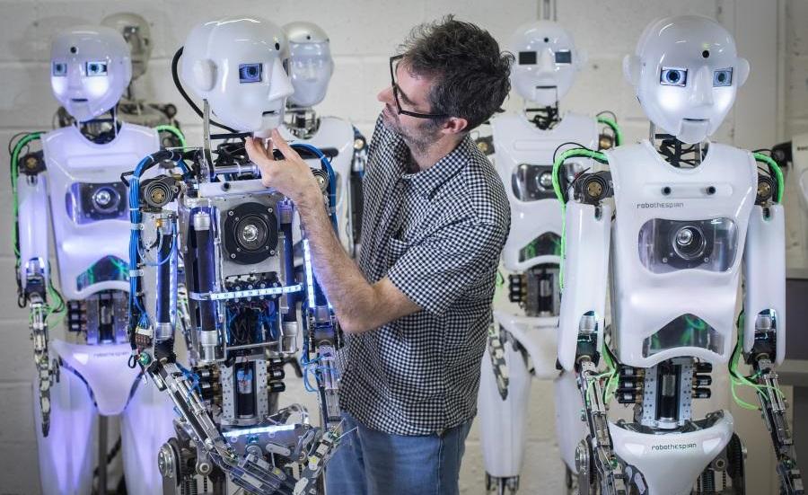 ربات های انسان نما Engineered Arts