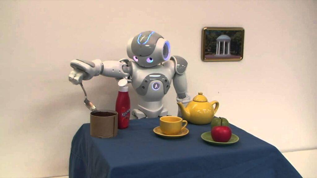 ربات در محیط آموزش می بیند